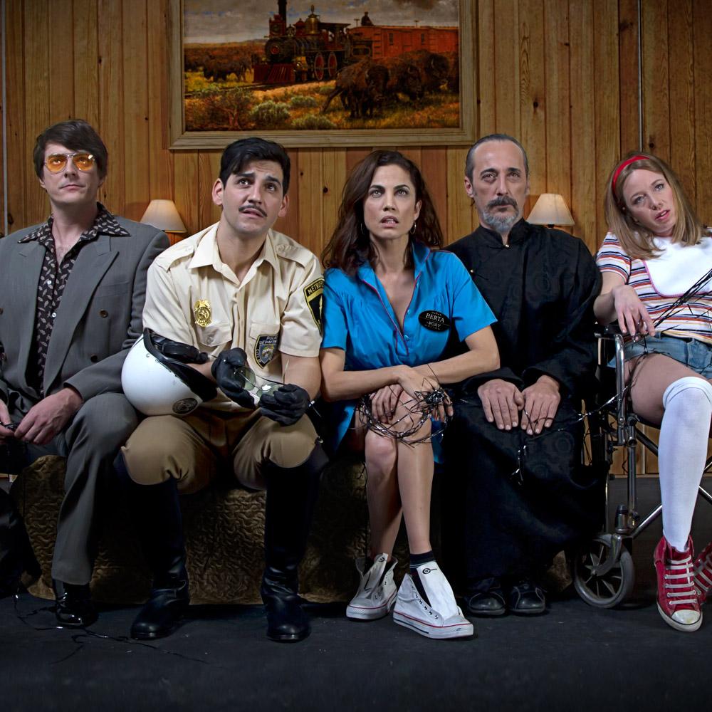 Feelgood Teatro desenmascara la codicia y la ambición por el dinero en 'La Estupidez'